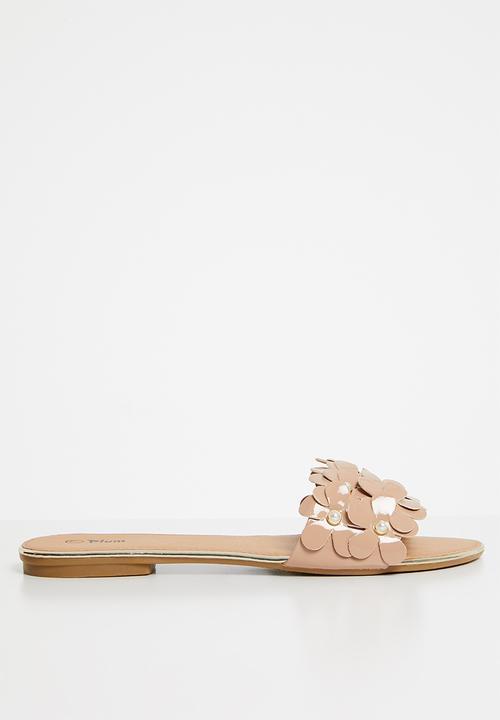 a262aaf092005 Flower detail sandals - neutral Plum Sandals   Flip Flops ...