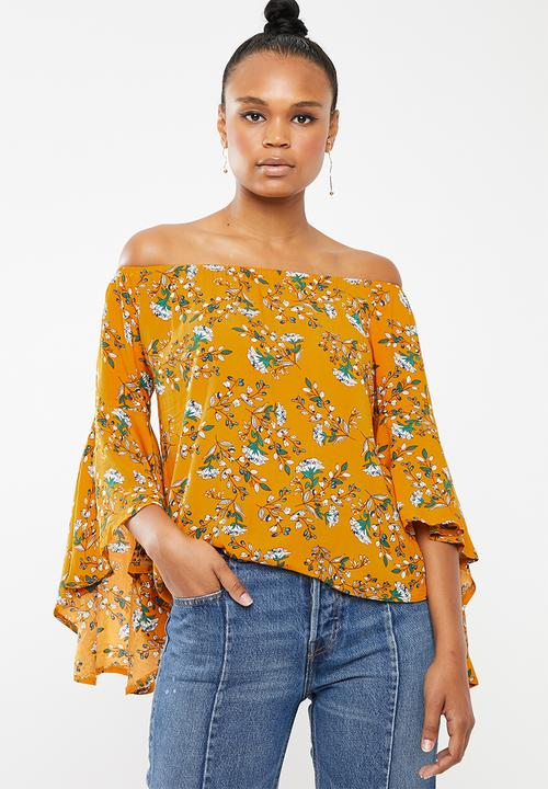 a87f5429428 Floral off-shoulder top - yellow Revenge T-Shirts, Vests & Camis ...