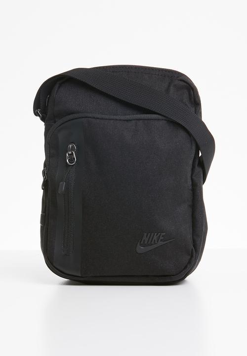 16d89bba6e Men s nike tech small Items - black Nike Bags   Wallets ...