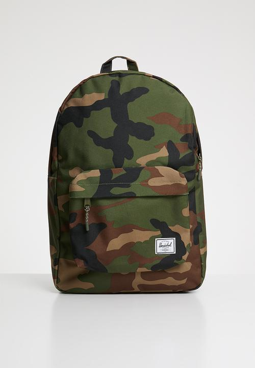 462cb313ad61 Classic backpack - 600d poly w camo Herschel Supply Co. Bags ...