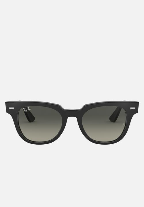 Meteor Sunglasses Grey Gradient Black