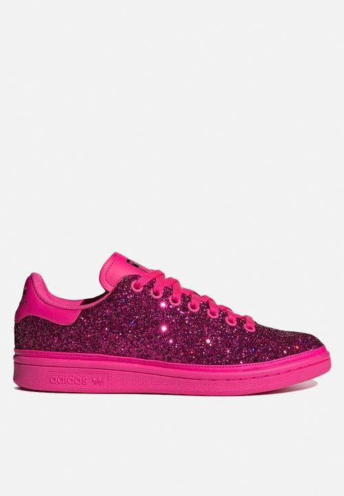 check out 7322f 4fa12 adidas Originals - Stan Smith - shock pink   collegiate purple