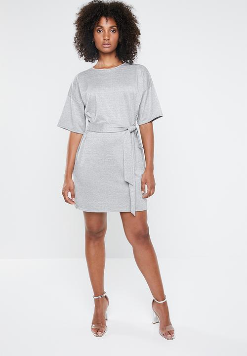 27aad3d770 Glitter tie waist T-shirt dress - grey Missguided Casual ...