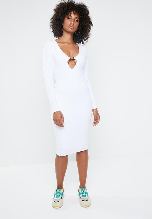 38502775255f Long sleeve buckle midi dress - white Missguided Occasion ...