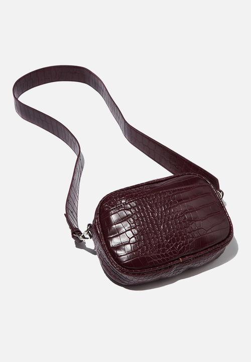 0fcf30156acb6e Luxe cross body bag - faux oxblood croc Cotton On Bags & Purses ...