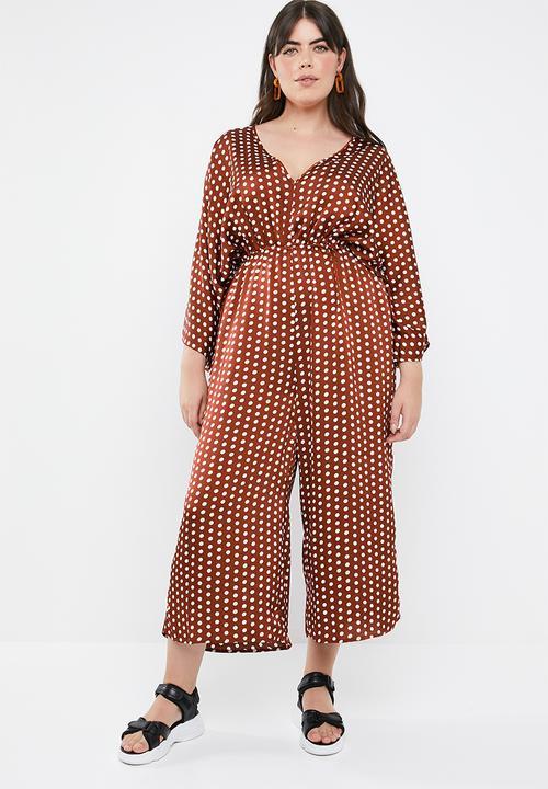 edb06e81fe5b Curved kimono sleeve polka dot jumpsuit - brown   white Missguided ...
