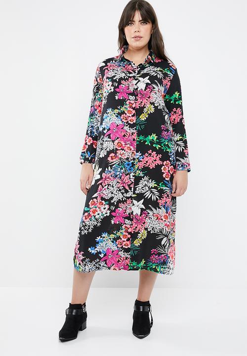 2468f9f3c9 Maxi shirt dress - black STYLE REPUBLIC PLUS Dresses | Superbalist.com