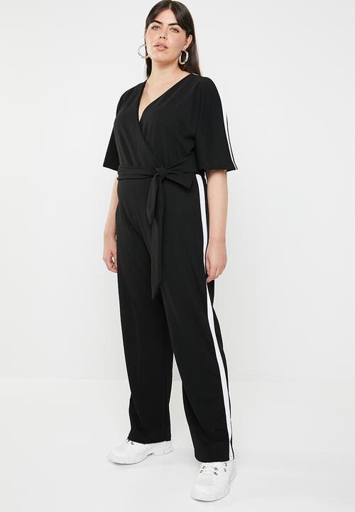 7204336bc647 Stripe short sleeve jumpsuit - black   white STYLE REPUBLIC PLUS ...