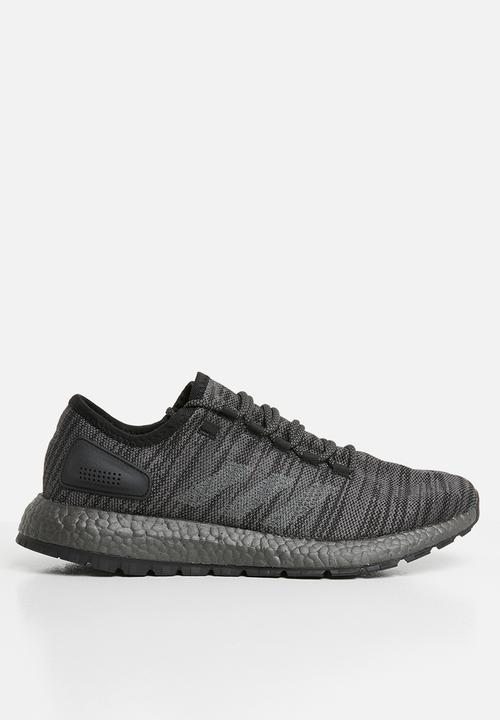 PureBOOST All Terrain core blacksolid grey