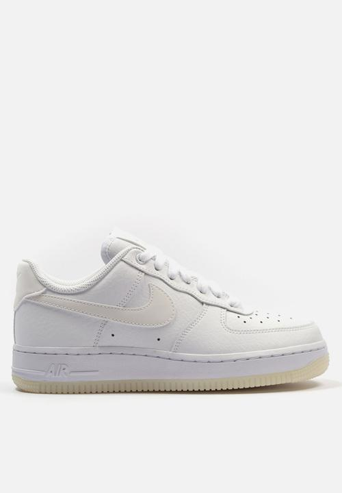 new styles 3d183 47004 Nike - Air Force 1   07 Essential - white