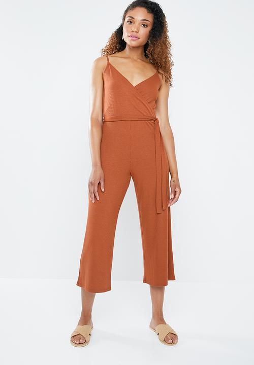 e88cbe4c63a Spaghetti strap jumpsuit - rust Forever21 Forever21