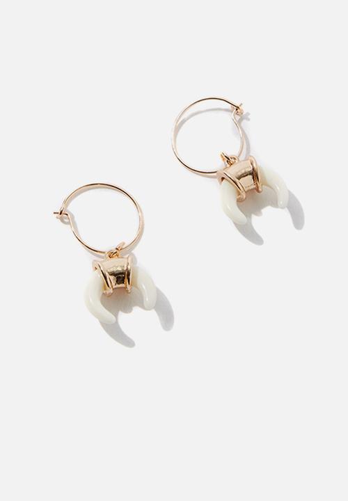 Louisiana Earrings   Gold by Cotton On