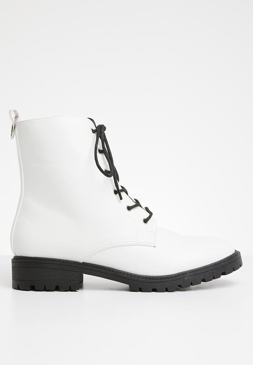 Roxy Lace Up Boot   White by Superbalist
