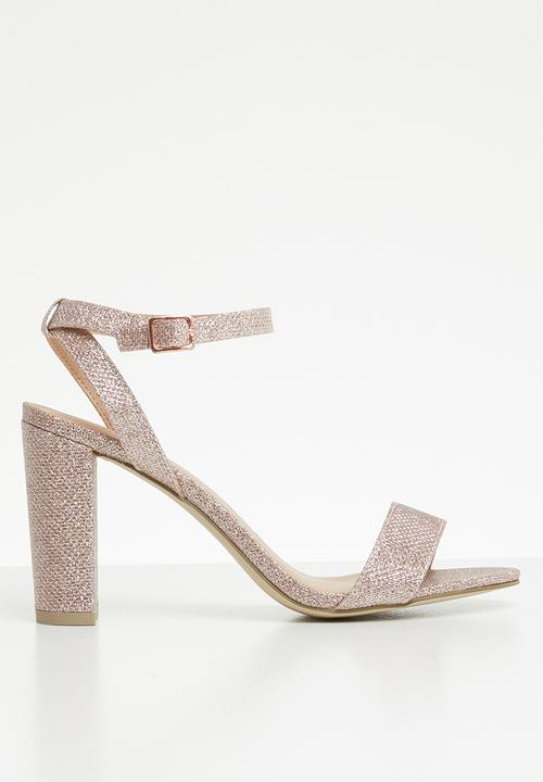 0912a2b2dbf Glitter block heel sandals - rose gold New Look Heels
