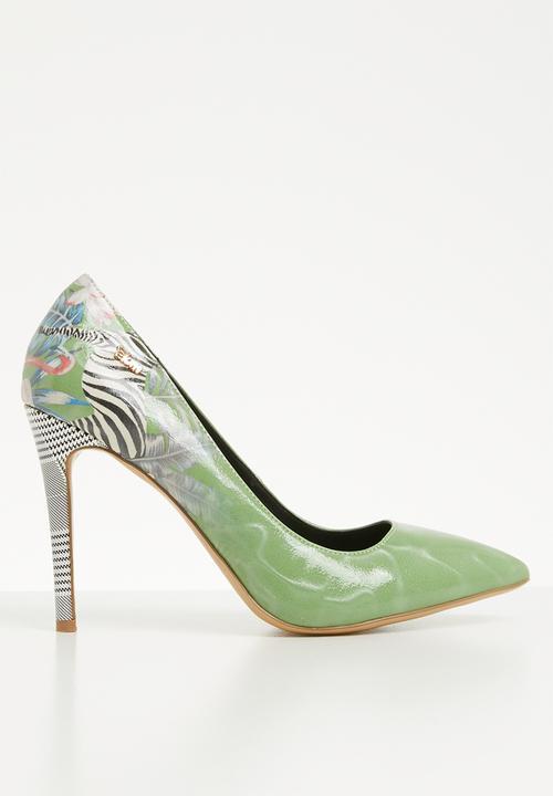 2dcd882ee38f Coco zebra print pointed stiletto heel - green Plum Heels ...