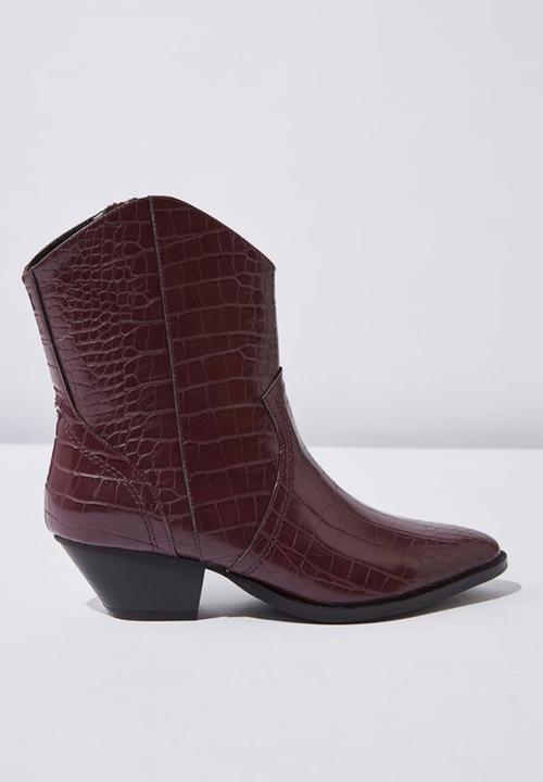 3aeb11c77f5 Larissa faux leather pointed block heel western boot - ox blood croc ...