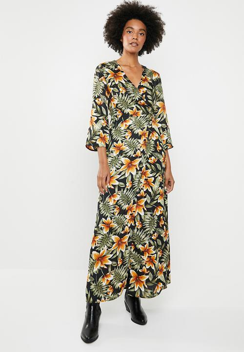 e799a3156ae092 Kimono sleeve maxi dress - floral multi dailyfriday Occasion ...