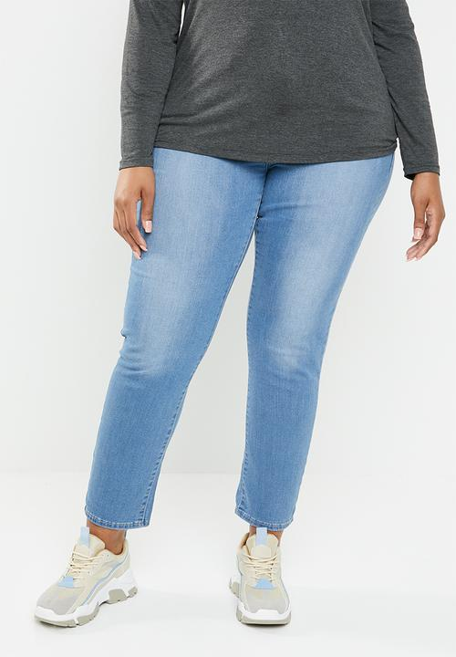 f3790aed063569 311 Shaping skinny jeans - light blue Levi's® Jeans   Superbalist.com