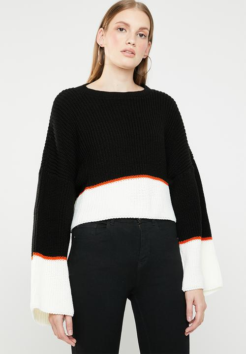 530e54d2605 Colourblock oversized cropped jumper - black Missguided Knitwear ...