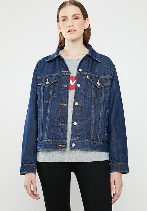 bc5ff97e2263 Levi's® X Peanuts Ex-Boyfriend trucker jacket - snooping blue Levi's ...