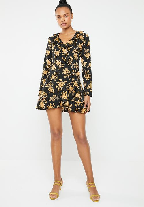 0962493d38 Missguided - Ruffle tea dress - black   yellow