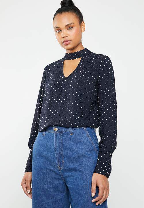 8a644633f7 Mesa choker top - navy & white ONLY Blouses | Superbalist.com