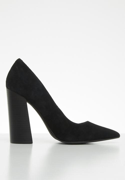47c49d2b1c Loretta faux suede pointed block heel pump - black Steve Madden ...