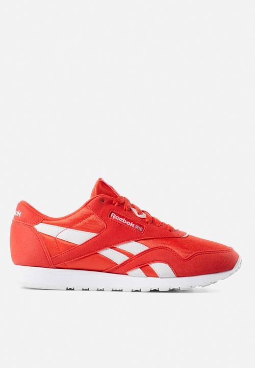 0b34d437b ... Triathlon Red White - Unisex Sports. reebok cl nylon red