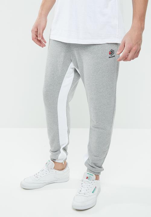 b4c88f96d9a CL F Zip Jogger - Medium Grey Heather Reebok Classic Sweatpants ...