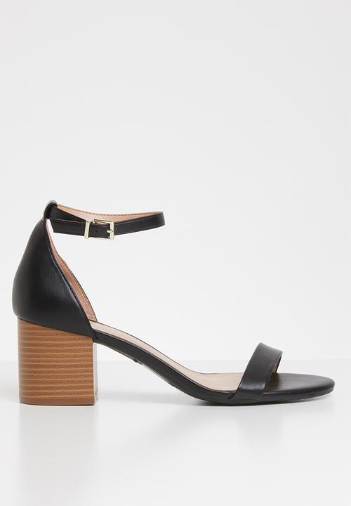 af51fe0586331 Mynah faux leather ankle strap block heel - black Call It Spring ...
