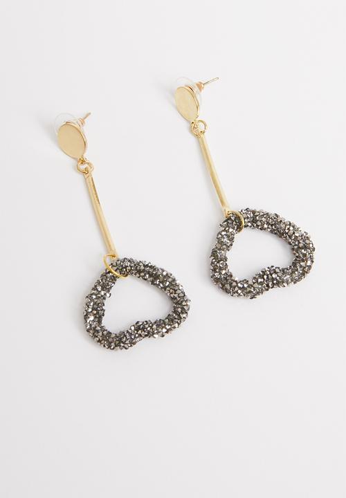 ae8a9aca2 Heart statement Earrings-gunmetal/gold STYLE REPUBLIC Jewellery ...