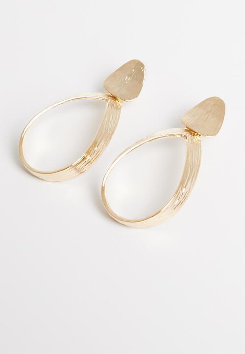 2189879b8f2 Oval hoop earrings-gold STYLE REPUBLIC Jewellery | Superbalist.com