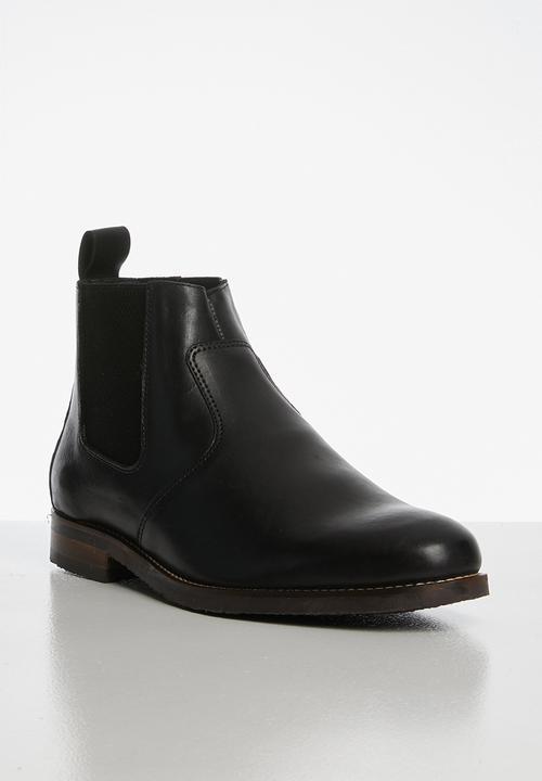 Luke Leather Chelsea Boot   Black by Superbalist