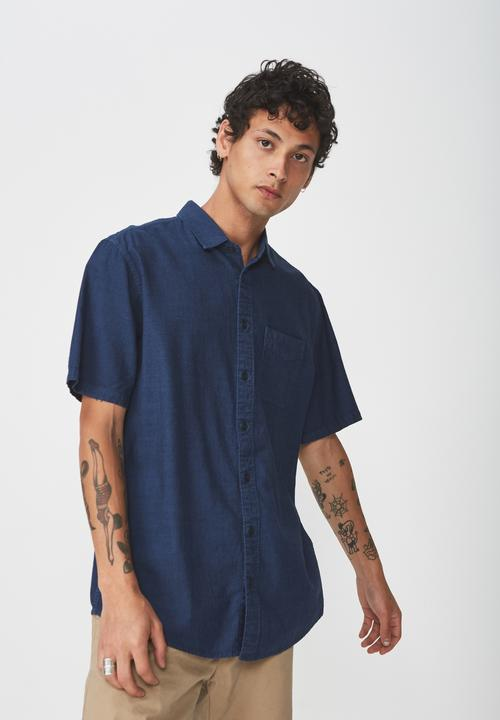 Vintage Prep Short Sleeve Shirt   Navy by Cotton On