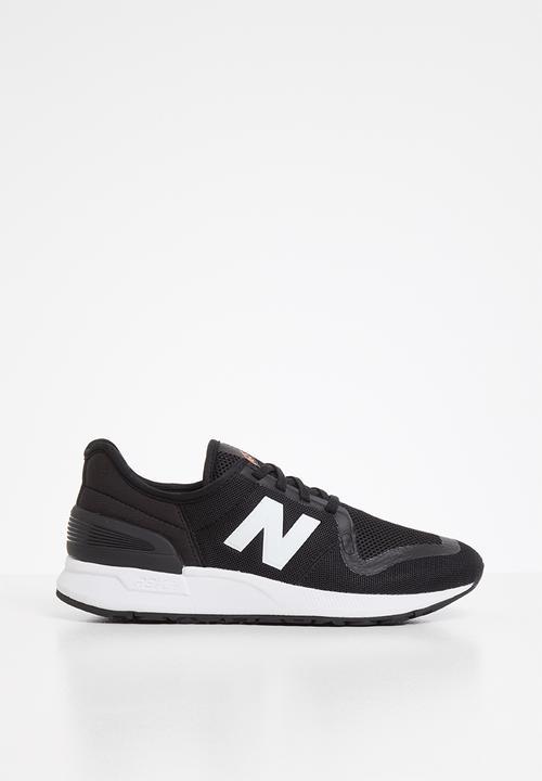 Kids 247 v3 - black New Balance Shoes