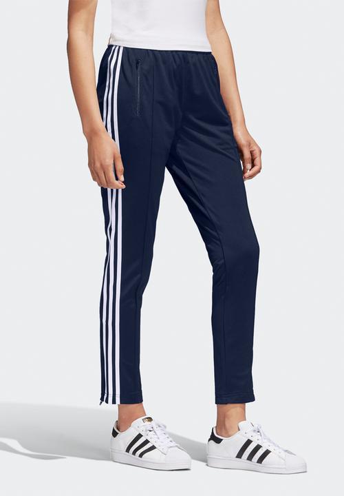 silueta ajustar Consecutivo  Sst track pants - navy/white adidas Originals Bottoms | Superbalist.com