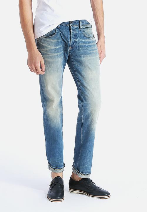 94e5ffcc2eb Defend Straight Cyclo Stretch Denim Light Aged G-Star RAW Jeans ...