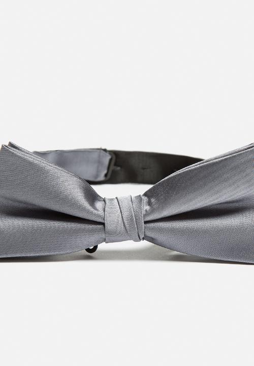 cd37171ca41 Night Bow Tie - Mid Grey Melange Selected Homme Ties   Bowties ...
