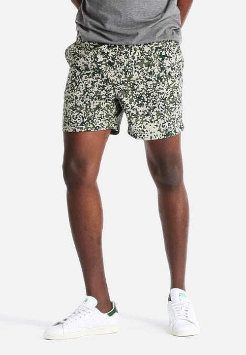b0d2f219b850b Drift Swim Trunk -Camo Stain,Leaf Carhartt WIP Swimwear ...