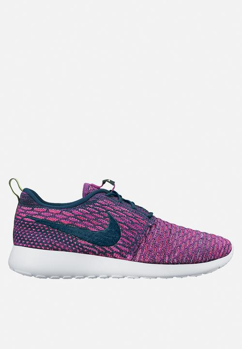 the latest 644cf 922e0 Nike - Wmns Roshe One Flyknit