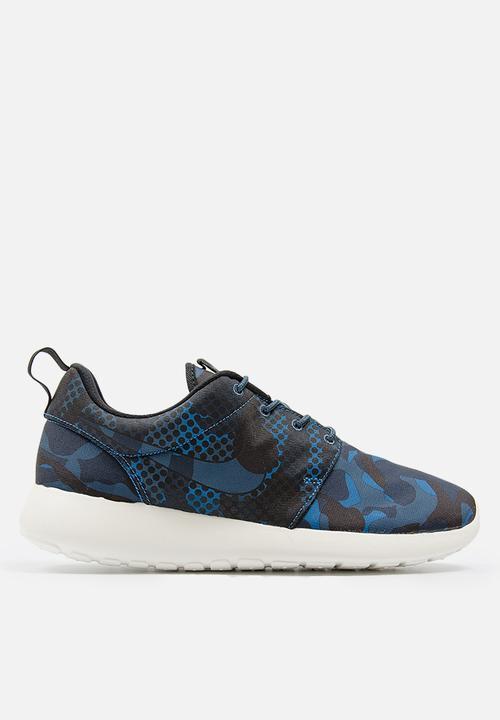 51ab6a724d02 Nike Roshe One Print Camo - 655206-404 - Blk   Sqdrn Blue   Obsidian ...