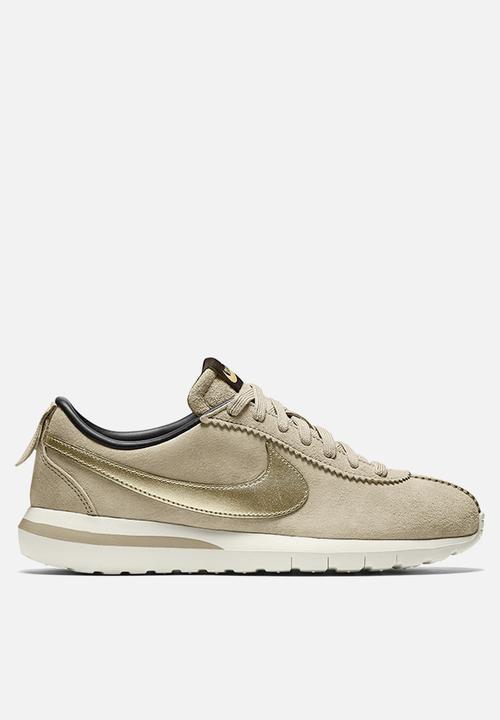 3f85a538cc0 Nike Roshe Cortez NM PRM Suede - 819862-200 - String   Metallic Gold ...