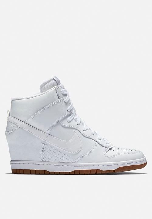 best sneakers ec92a daf7e Nike - Dunk Sky Hi Essential