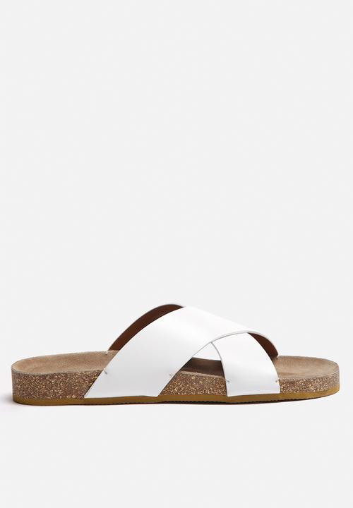 46779e4c336 Brisa leather Slider - white Selected Femme Sandals & Flip Flops ...