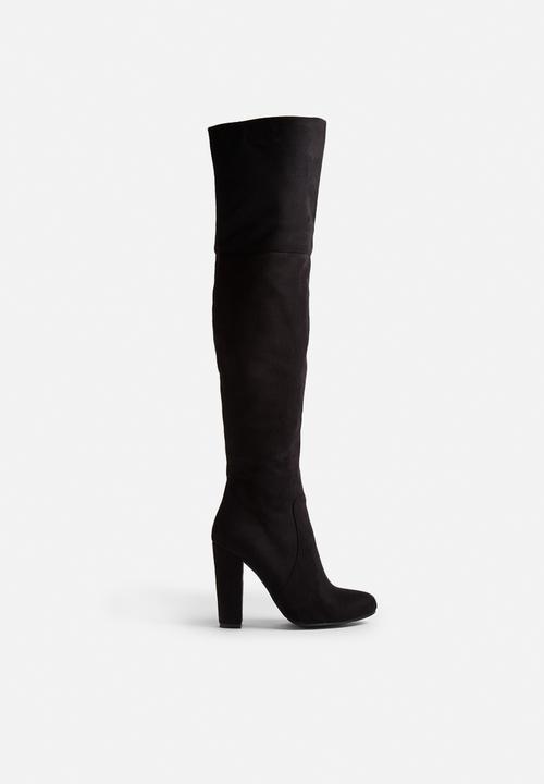 Lara-black suede Billini Boots