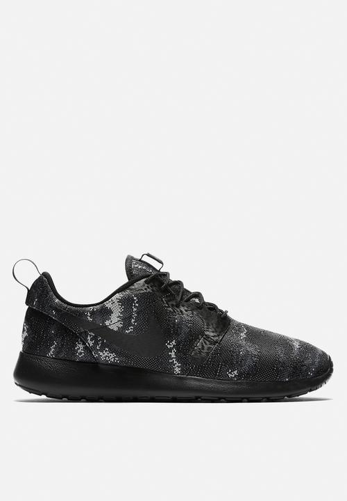 221542b54e9 Nike Roshe One KJCRD - 777429-003 - Black   Wolf Grey   Dark Grey ...