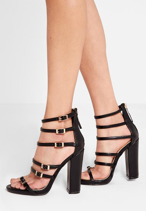 a607d86d38d Block heel buckled sandal-Black Missguided Heels