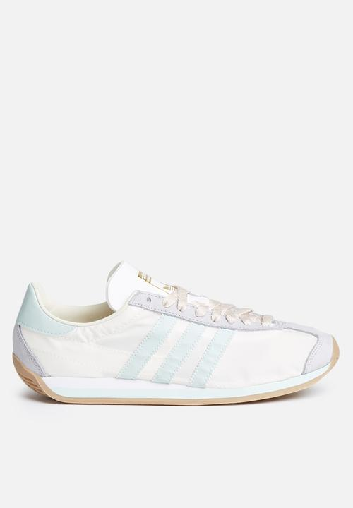 dafb0f5a0a32 adidas Originals Country OG - S32202 - Chalk White   Vapour Green ...