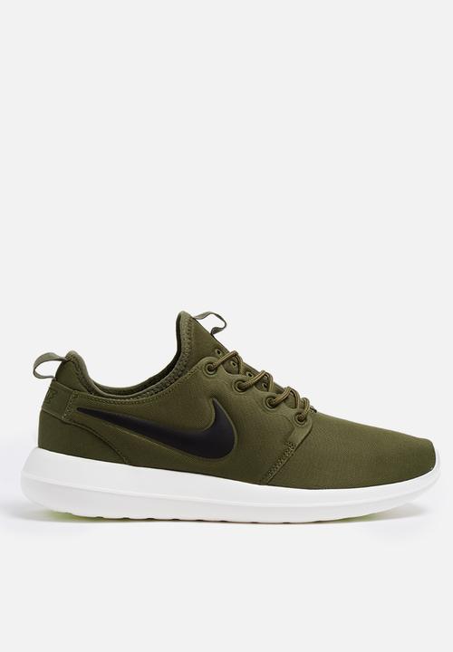 new styles e97bd e53a5 Nike - Roshe Two