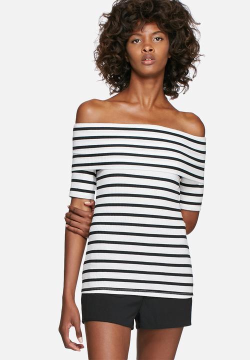 2d89ea80cbe0 Rib off-shoulder short sleeve striped top - black   white ...